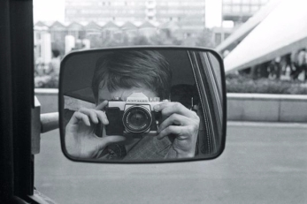 camera-in-car-mirror